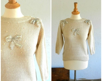 80's (does 50's) SEQUINED BOW SWEATER - Sweet / Romantic / Pin Up / Kawaii / 80's does 50's / Cream / Excellent Condition