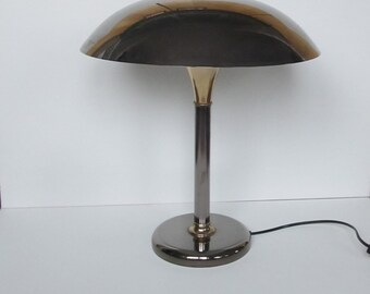 Beautiful French table lamp with metal shade from the 1980s