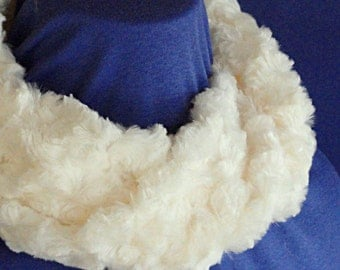 Ivory Infinity Scarf - Ivory Faux Fur Cowl - Short No Fuss Infinity Scarf - Minky Infinity Scarf