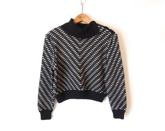80s Cropped St. John Sweater / Chevron Black and White Sweater / Button Up Turtleneck Collar / Shoulder Button Sweater / Medium