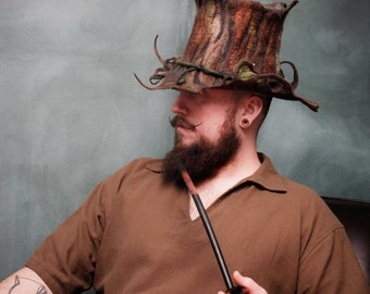 the wandering woodsman top hat