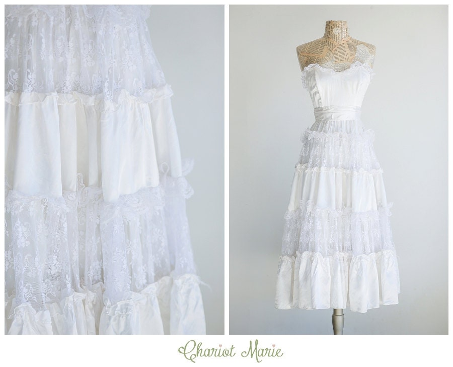 Short Strapless Bridal Gown Vintage Gunnesax Saloon Dress