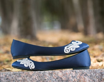 Wedding Flats - Navy Blue Bridal Ballet Flats/Wedding Shoes, Navy Flats, Blue Satin Flats, Low Flat Wedding Shoes with Ivory Lace. US Size 8