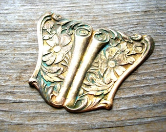 Floral Brass Stamping - Large Victorian Style Stamping - Brass Finding - Victorian Brass Finding - Patina Brass