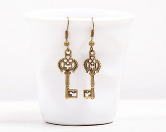 Skeleton Key Earrings, Bronze Earrings, Vintage Looking Earrings
