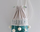 The circus has come to town basket bag, circus style, pompom bag, green ivory circus tent