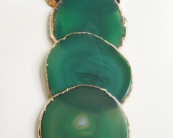 GREEN agate coasters. emerald geode coasters. gem coasters. SILVER or GOLD rim. 4 coaster set. home decor. drinking coasters