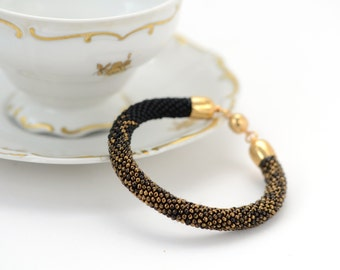 Black gold - Classic Bead Crochet Bracelet  Beaded Minimalist Bracelet Beadwork Bracelet  24K Gilded Marble Black Beadwork Jewelry