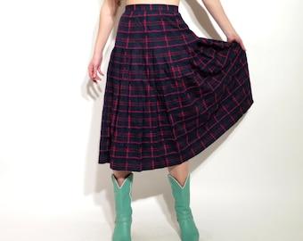 Vintage Plaid Skirt / Tartan Skirt / Accordion Skirt / Weathervane Skirt / Midi Skirt / High Waist Skirt / Size 10 Skirt / Made in USA