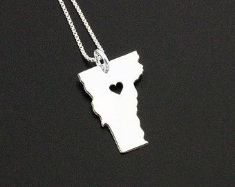 Vermont  necklace Personalized engraved necklace sterling silver Vermont state necklace pendant with heart LOVE VERMONT - Hometown Jewelry