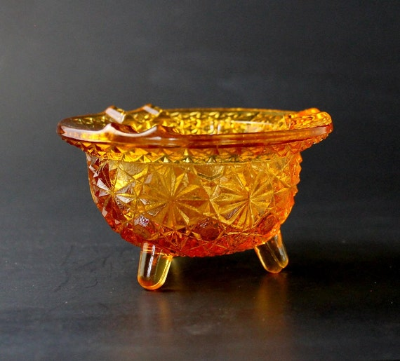 Vintage Amber Glass Kettle Ashtray Daisy And Button Ashtray