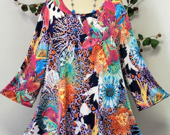 Dare2bstylish In Style Travelers Abstract print Tunic top Small to 3XL. Plus Top, Asymmetrical Top Tunic