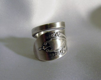 Edwardian Spoon Ring Elegant Sterling Silver Statement Ring Thumb Ring Treasure Grotto