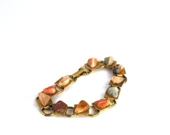 Polished Stone Bracelet  |  Nature Jewelry  |  Vintage  |  Gold Toned Metal