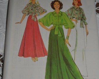 Style 1176  Misses Skirt and Blouse Sewing Pattern - UNCUT - Size 16