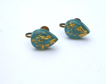 1950s Gold Flecked Tear Drop Glass Screw Back Earrings