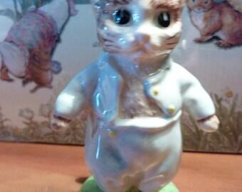 TOM KITTEN 1989 Beatrix Potter Figurine England Royal Doulton