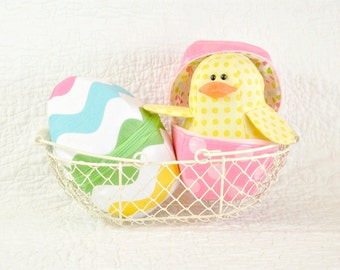 Charming Chicks And Zipper Eggs Sewing Pattern