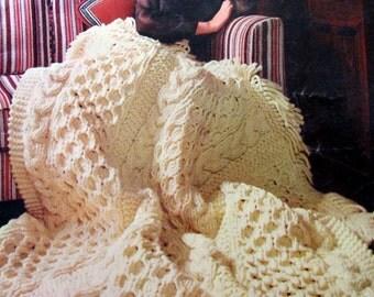 A Bouqet of Bernat Afghans ,  Afghan Crochet Patterns , Afgahn Knitting Patterns, Circa 1968, Bernat Book 160