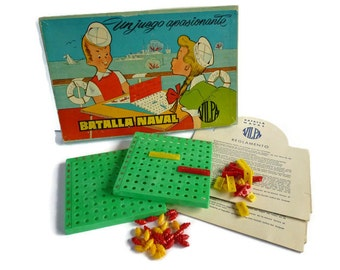 Vintage Naval Battle Game . Juego Batalla Naval . Spanish Sea Battle Game . Battleship .
