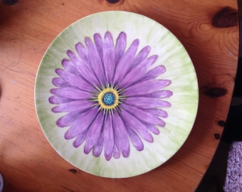 Daisy Hand Painted Plate