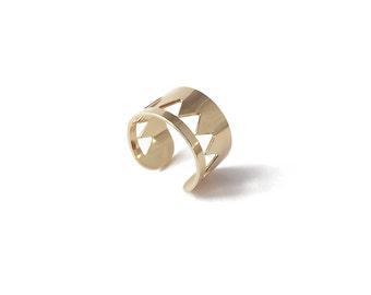 Adjustable geometric ring Golden openwork gold triangle model Eliott