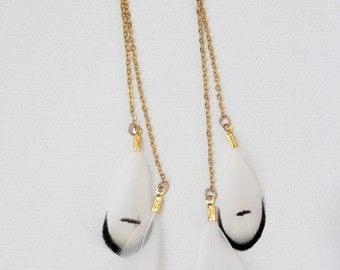Black & white earrings. feather earrings. long feathers earrings. white feather earrings. gold feathers earrings. elegant feather earrings.