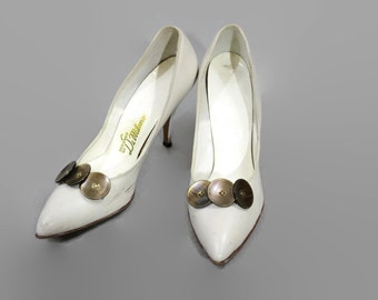 SALE 1960s White Stilettos with Buttons / 60s High Heel Shoes