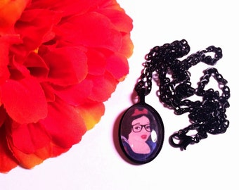Hipster Snow White Petite Necklace