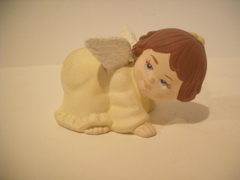 Ceramic Angel, Cherub, Christmas Angel, Crawling wearing yellow