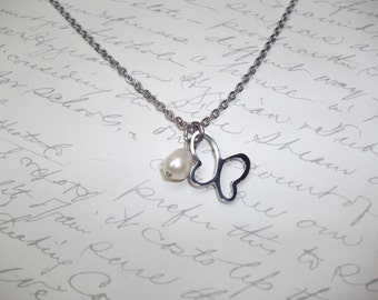 Butterfly stainless steel necklace with pearl