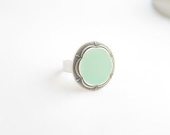 Light blue, floral vintage button ring