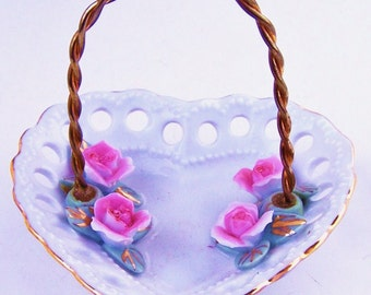 Vintage Heart Shaped Roses Ring Dish