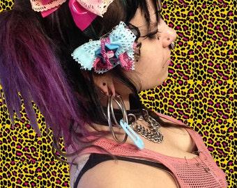 Hello Kitty Fishnet Bow