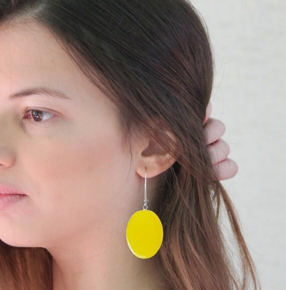 Yellow earrings, long earrings, yellow resin earrings, modern minimalist, pop fashion color block jewelry, big oval lightweight earrings