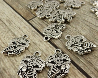 Catrina Skeleton Charm Pendants, Tierracast Qty 4 Antique Silver Great Day of the Dead or Halloween Jewelry Female Skeleon Playing Maracas