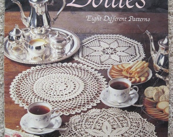 Crochet Pattern Book - Elegant Crocheted Doilies - Leisure Arts #972 - Vintage 1989