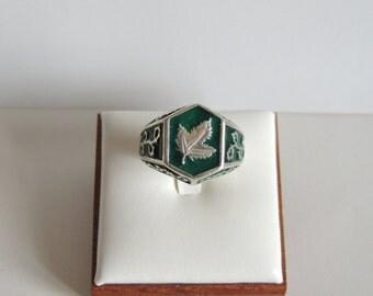 ivy leaf ring