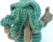 CTHULHU PLUSH AMIGURUMI 4 inches crochet horror cosmic Lovecraft crochet original novel writter