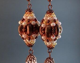 Elizabethan// Earrings//Beaded Beads//Pearl//Copper//Pink//Free Shipping
