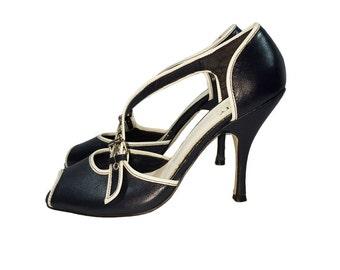 Vintage 1980s Peep Toe Heels