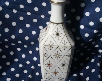 Vintage Porcelain Bud Vase with Gold Trim and Gemstones Made In Japan (Wales - 1960s)