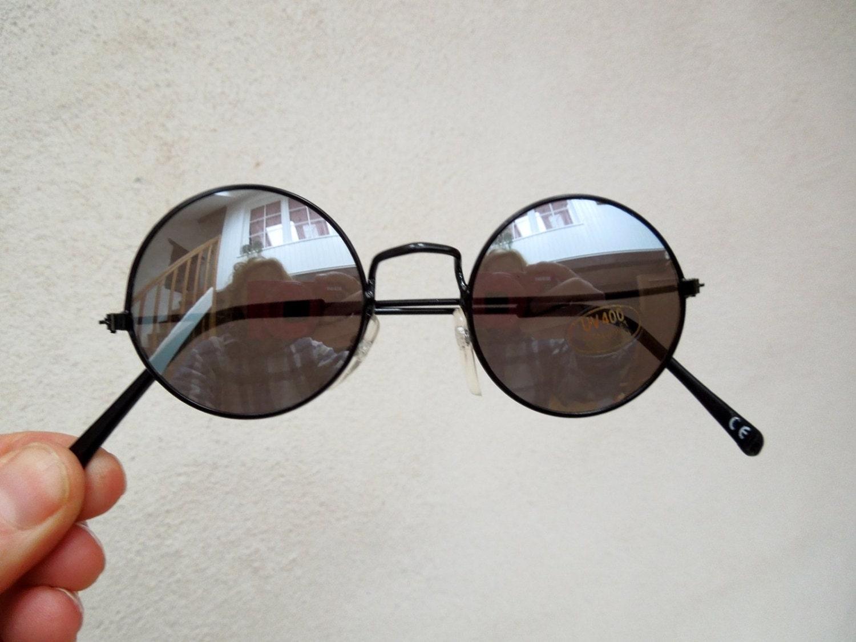 90s John Lennon with mirror glasses and black frame ...