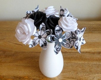 Black and White Kusudama & Rose Posy - 10 Paper Flowers