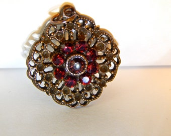 Beautiful Pendant with Red Jewels