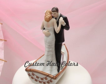 Custom Wedding Cake Topper - Bride and Groom Wedding Cake Topper - Row Away - Boat Wedding Cake Topper -  Romantic Wedding Cake Topper