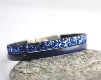 Leather bracelet and electric blue sequins, magnetic clasp - fine leather bracelet