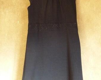 Black dress with strass belt M