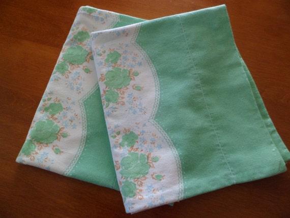 Vintage Pair Cotton Feed Sack Fabric Pillowcasesshabby