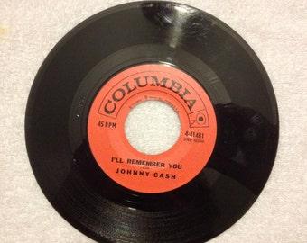 Johnny Cash Vinyl Record 45rpm  Little Drummer Boy  /  I'll Remember You   Johnny Cash   vinyl record 45   0103